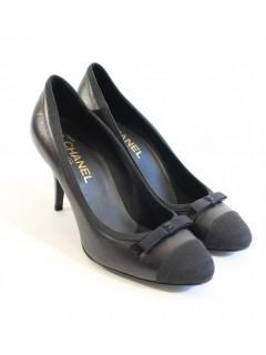 Escarpins CHANEL taille 39,5 noirs