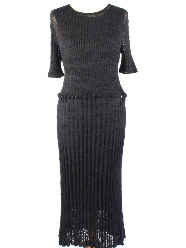https://www.secondemaindeluxe.com/6916-thickbox_default/robe-chanel-taille-42.jpg