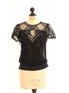 Top CHANEL dentelle taille 36
