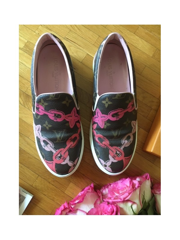 https://www.secondemaindeluxe.com/7368-thickbox_default/sneakers-louis-vuitton-taille-36.jpg