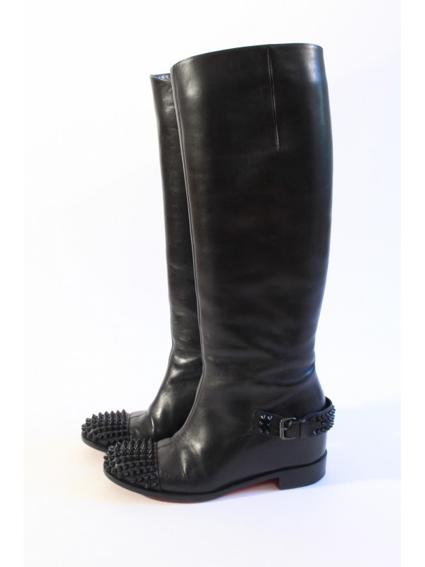 https://www.secondemaindeluxe.com/7811-thickbox_default/bottes-louboutin-taille-365.jpg