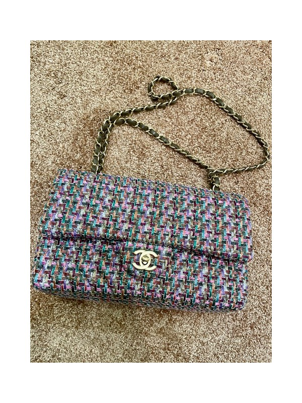 https://www.secondemaindeluxe.com/7849-thickbox_default/sac-chanel-timeless.jpg